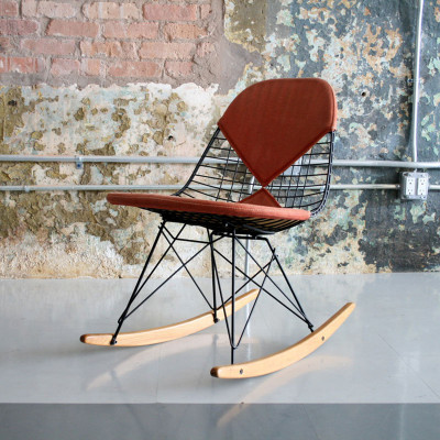 Vintage original Eames RKR with bikini cover (image courtesy of Circa Modern)