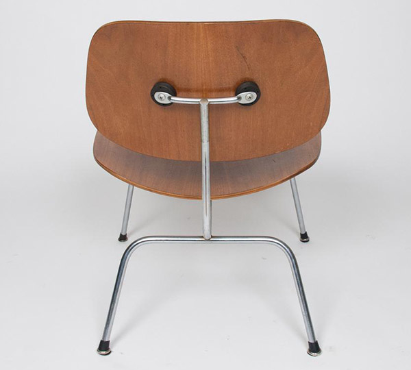 3rd Gen (2nd Herman Miller) Showing Boot Glide Feet