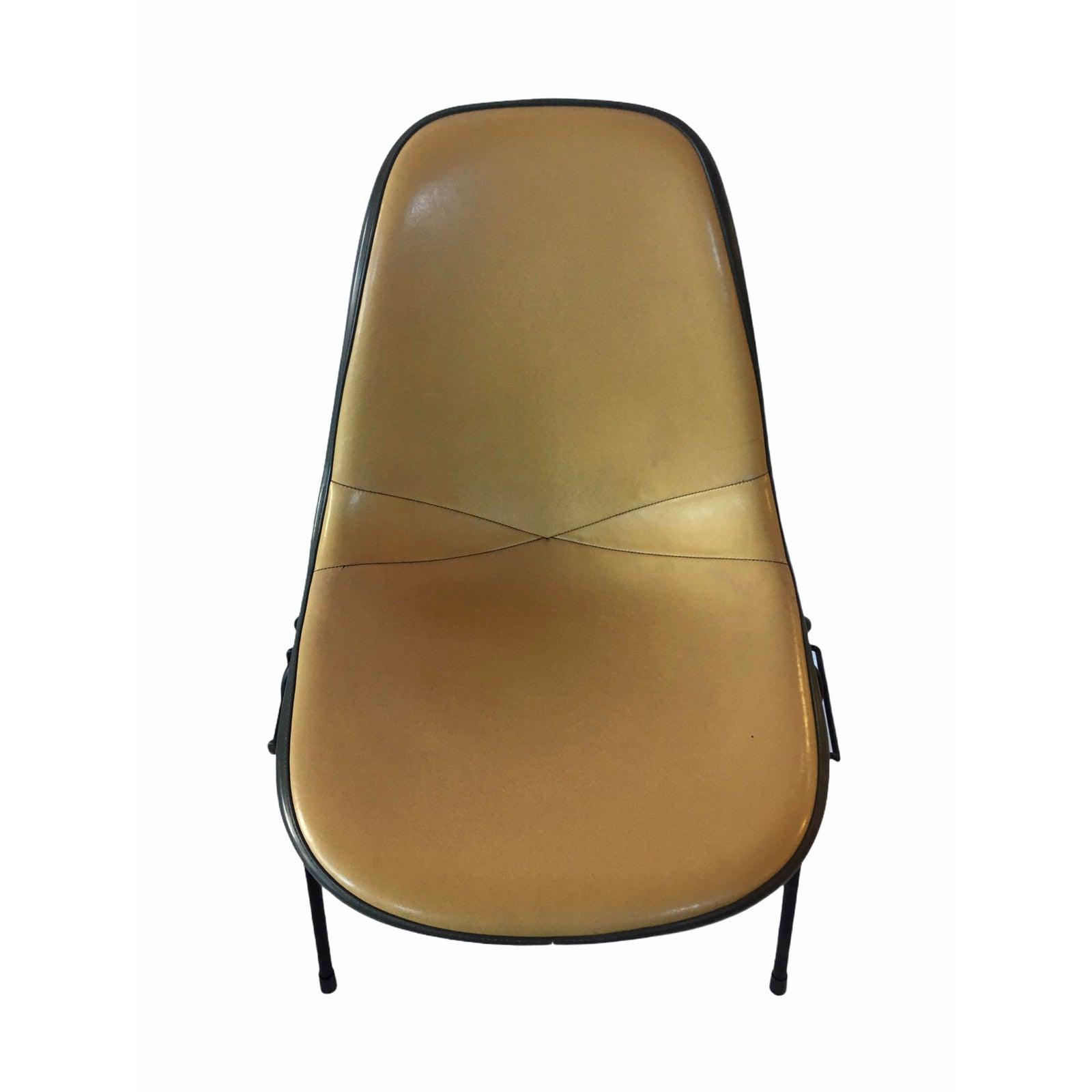 Beige 1960s Herman Miller Eames DSX (& Variants) Side