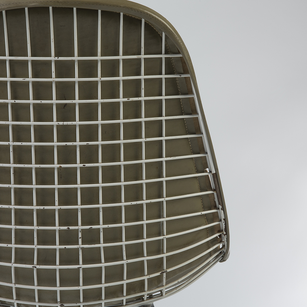 Raw Umber Grey 1950s Herman Miller Eames DKX - X-Base Wire Side