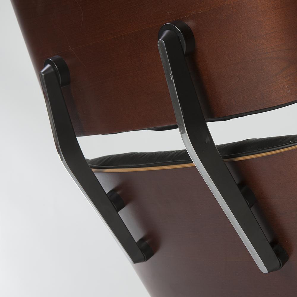 Black 1980s Herman Miller Eames Lounge Chair & Ottoman