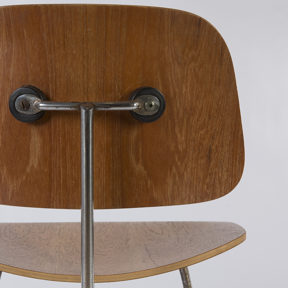 Wooden 1950s Herman Miller Eames DCM - Ply Dining Chair Metal Chairs in very good condition