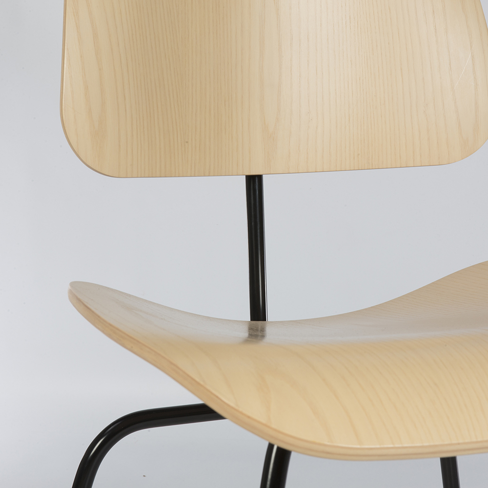 Wooden 2010s Herman Miller Eames DCM - Ply Dining Chair Metal Chairs in very good condition