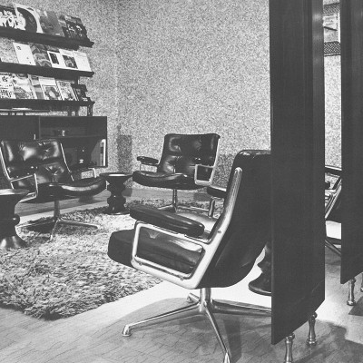 Grainy original picture of the installation of the Lobby Chairs into the Time Life Building 1960