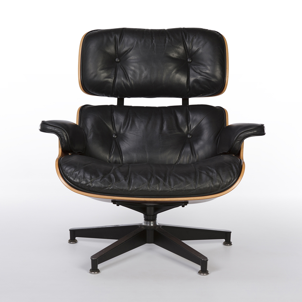 Black 1980s Herman Miller Eames Eames Lounge Chair & Ottoman Lounge Seating in very good condition