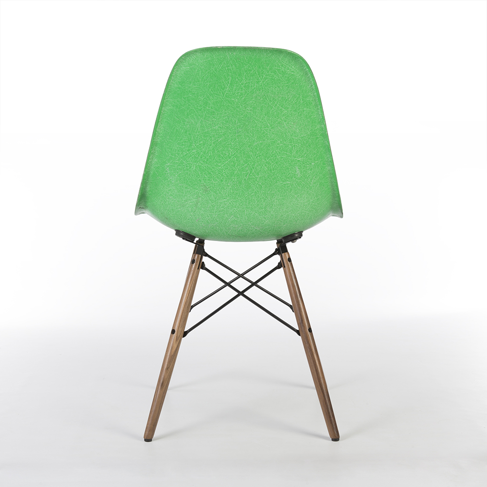 Cadmium Green 1950s Herman Miller Eames DSW Dowel Side Chairs in very good condition