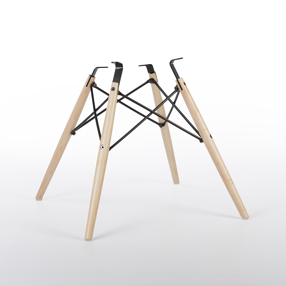 Post 2014 Re-issue DSW Side Chair Base (2016)