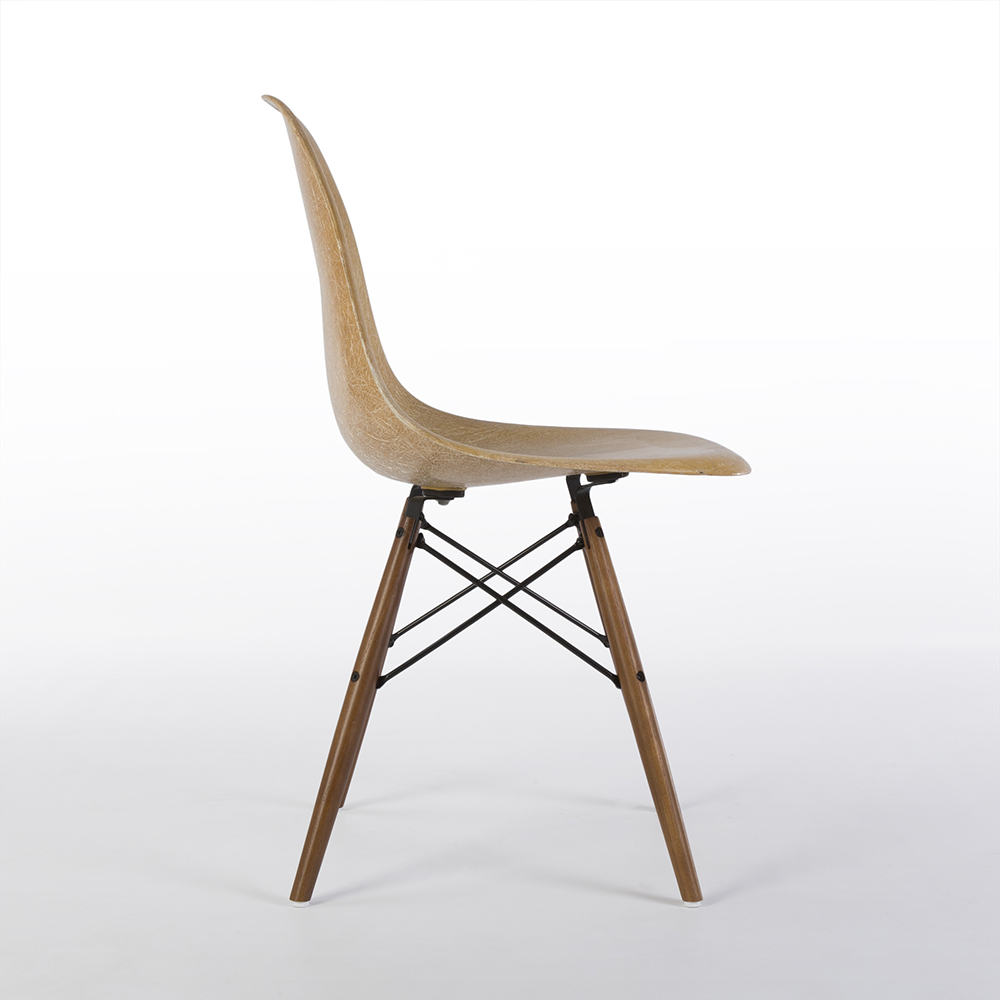 Parchment White 1950s Zenith Plastics Eames DSW Dowel Side Chairs in very good condition