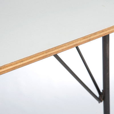 The thick plywood layers provided strength and stability to the DTM table