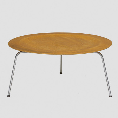Early Evans Eames CTM in the familiar Calico Ash plywood veneer finish