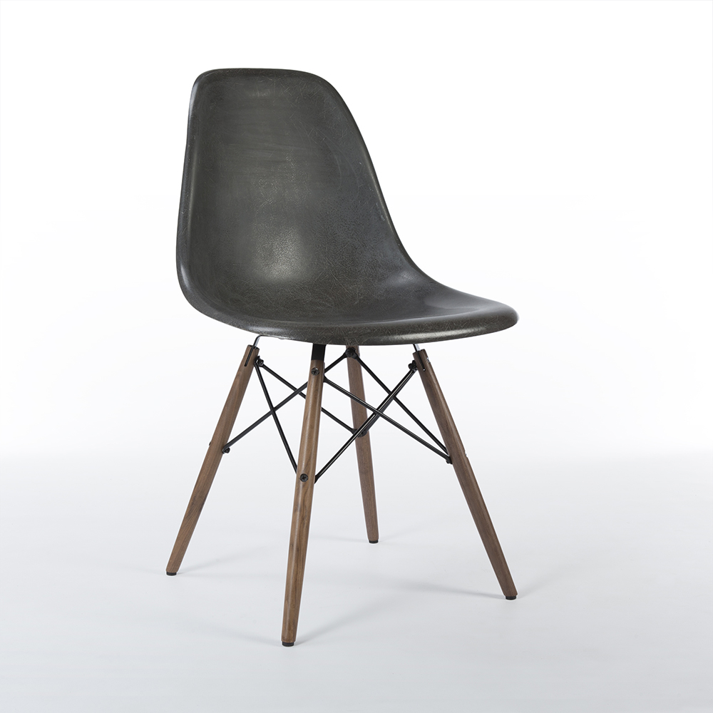 Black 1980s Herman Miller Eames DSW Dowel Side Chairs in excellent condition
