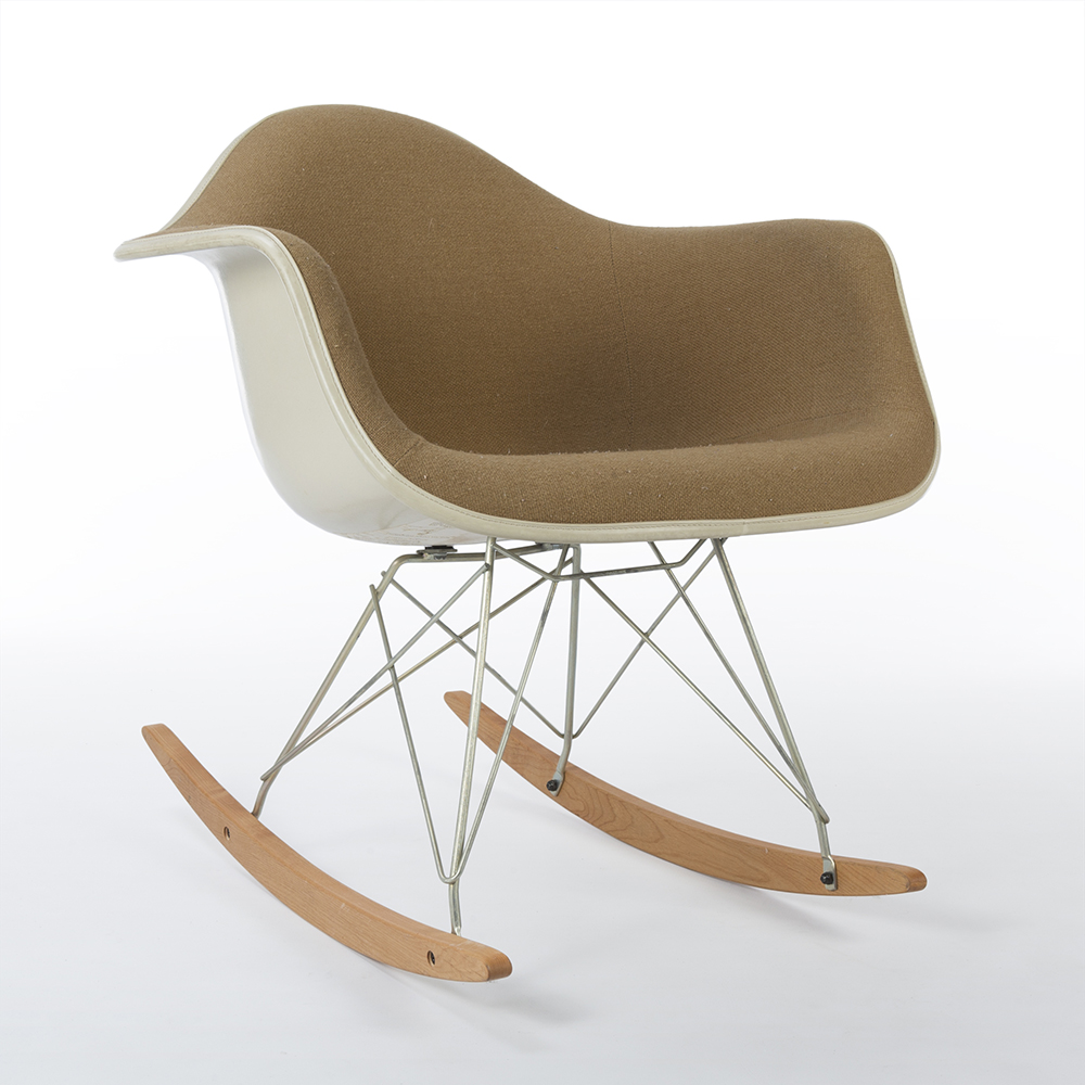 Beige 1960s Herman Miller Eames RAR Rocking Arm Chairs in very good condition