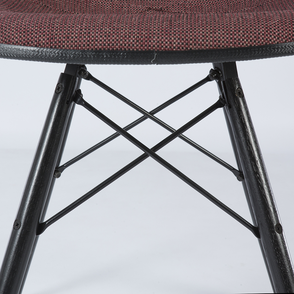 Purple 1980s Herman Miller Eames DSW Dowel Side Chairs in very good condition