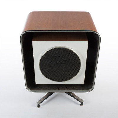 The Eames E-4 Quadreflex speaker is certainly the most well known of the Stephens Tru-sonic collaboration range and was available in two sizes