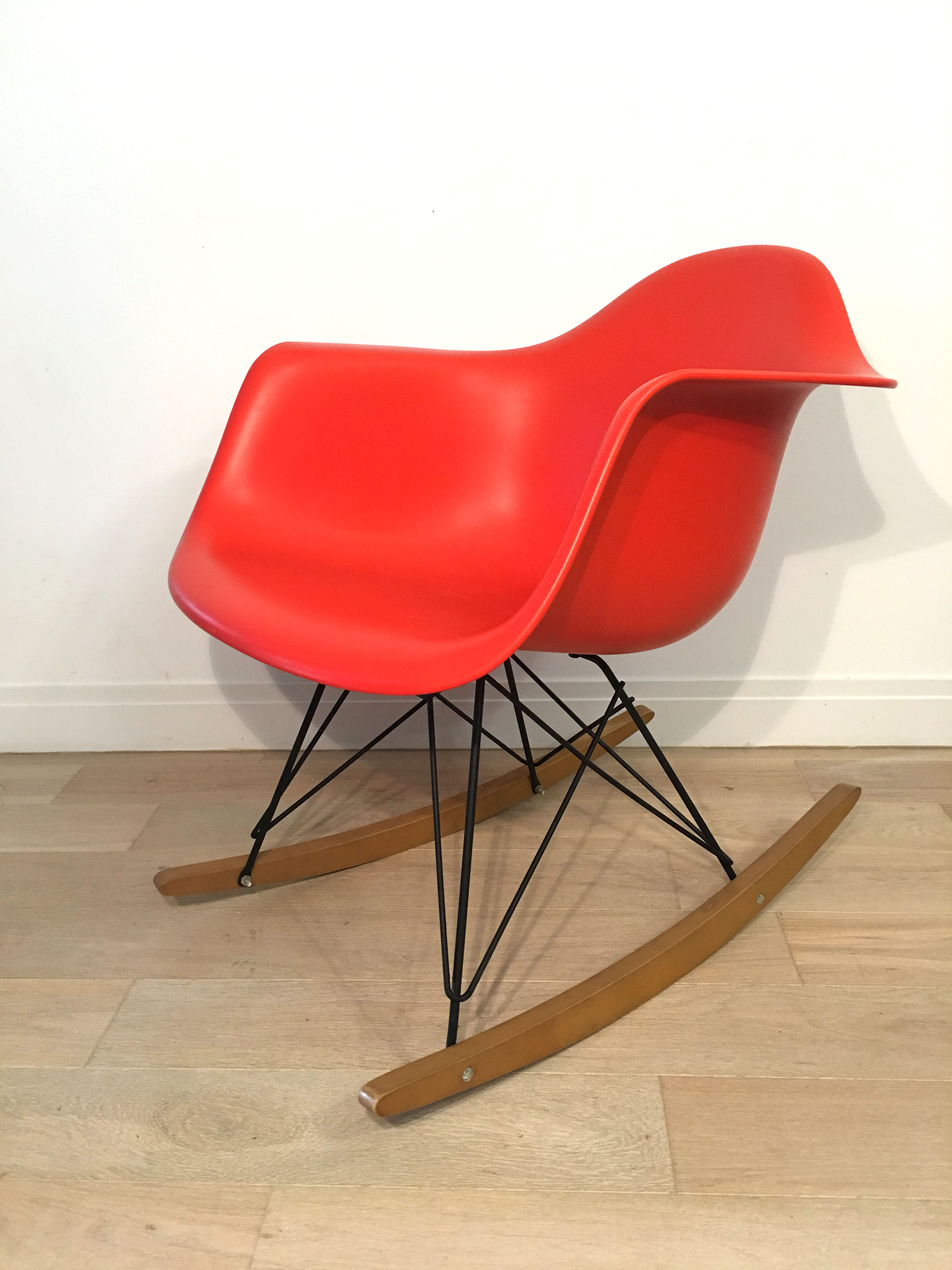 Red Orange 1990s Herman Miller Eames RAR Rocking Arm Chairs in very good condition