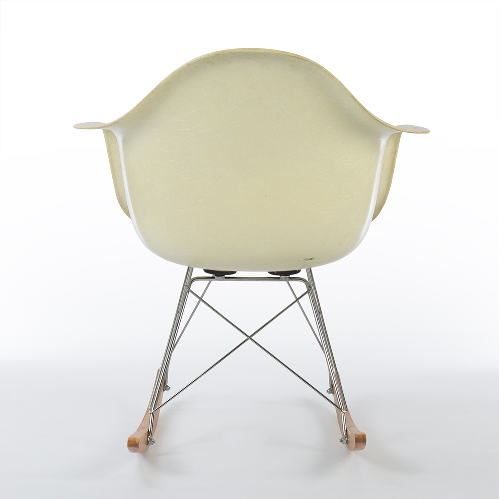 Parchment White 1954 Herman Miller Eames RAR Rocking Arm Chairs in excellent condition