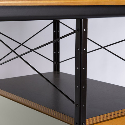 Close up view of the open shelving, black frame and cross struts of a later 3rd generation D-20 unit.