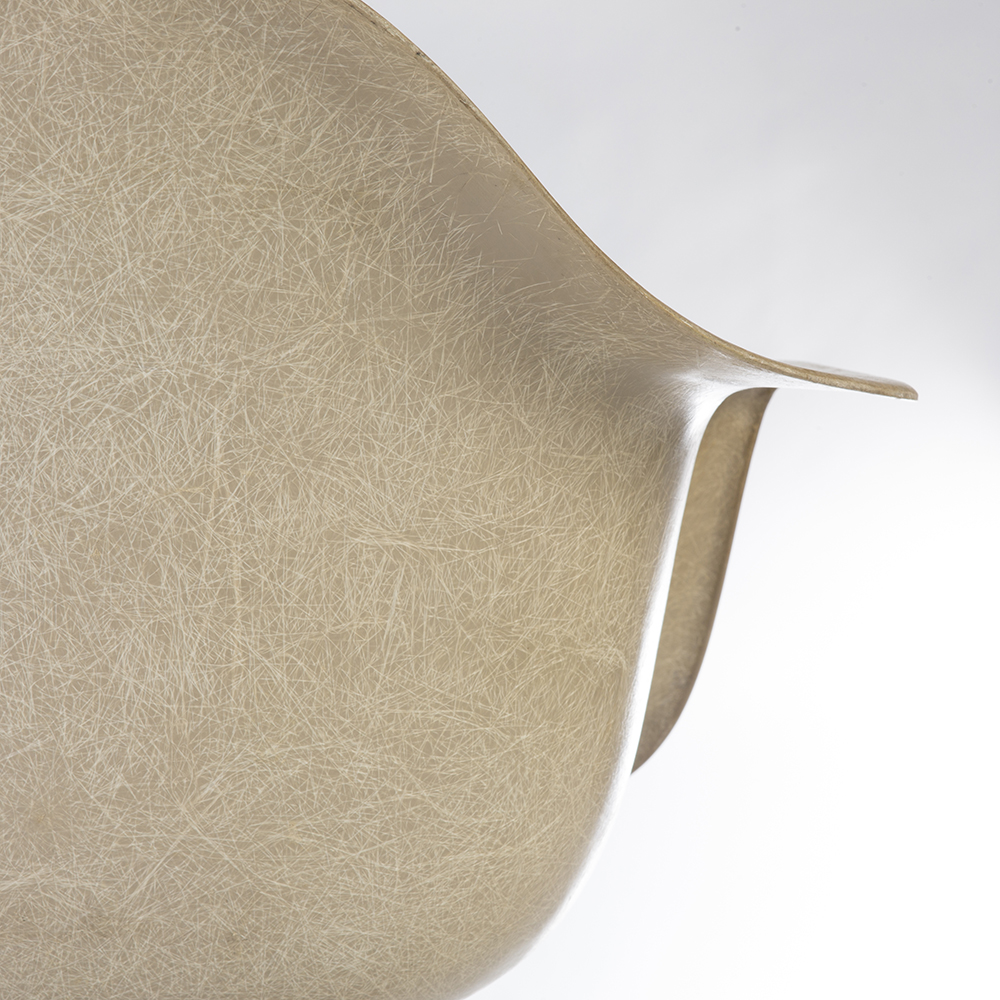 Greige 1960s Herman Miller Eames DAX (& Variants) Arm