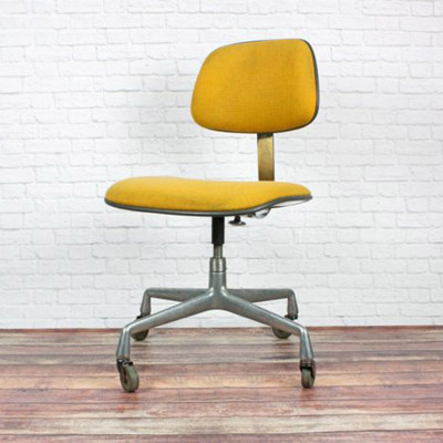 Earlier 70's fabric yellow hopsack EC228 Task Chair