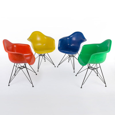 Group of recent (post 2014) Herman Miller fiberglass DAR chairs
