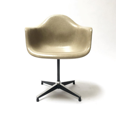First generation PAC arm chair with greige shell top