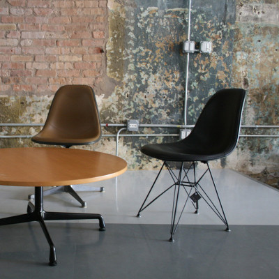 Upholstered Eames DSR chair (image courtesy of Circa Modern)