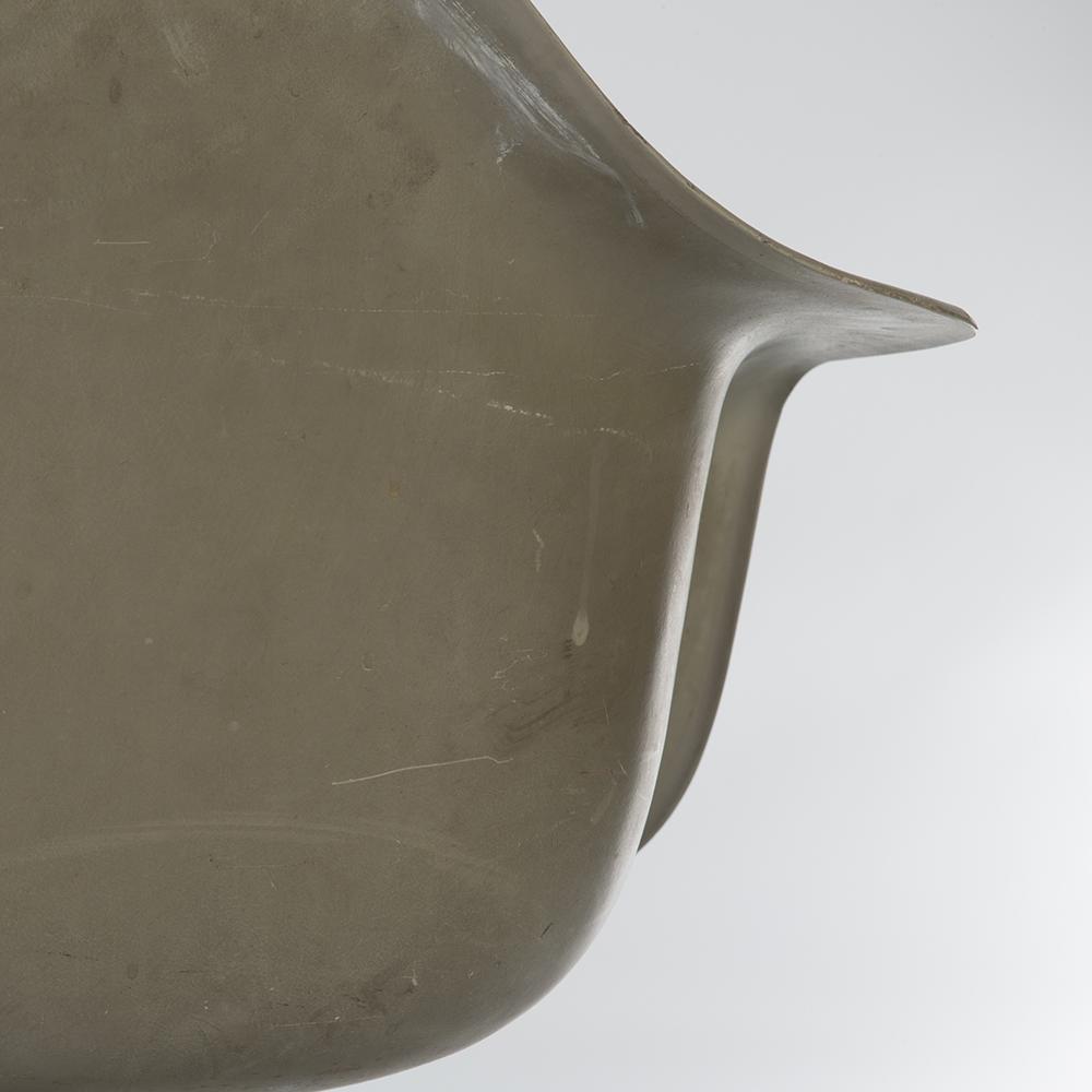 Greige 1950s Herman Miller Eames DAT Tilting Arm