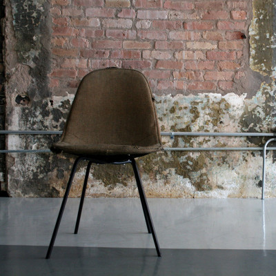 Tweed upholstered Eames DKR (image courtesy of Circa Modern)