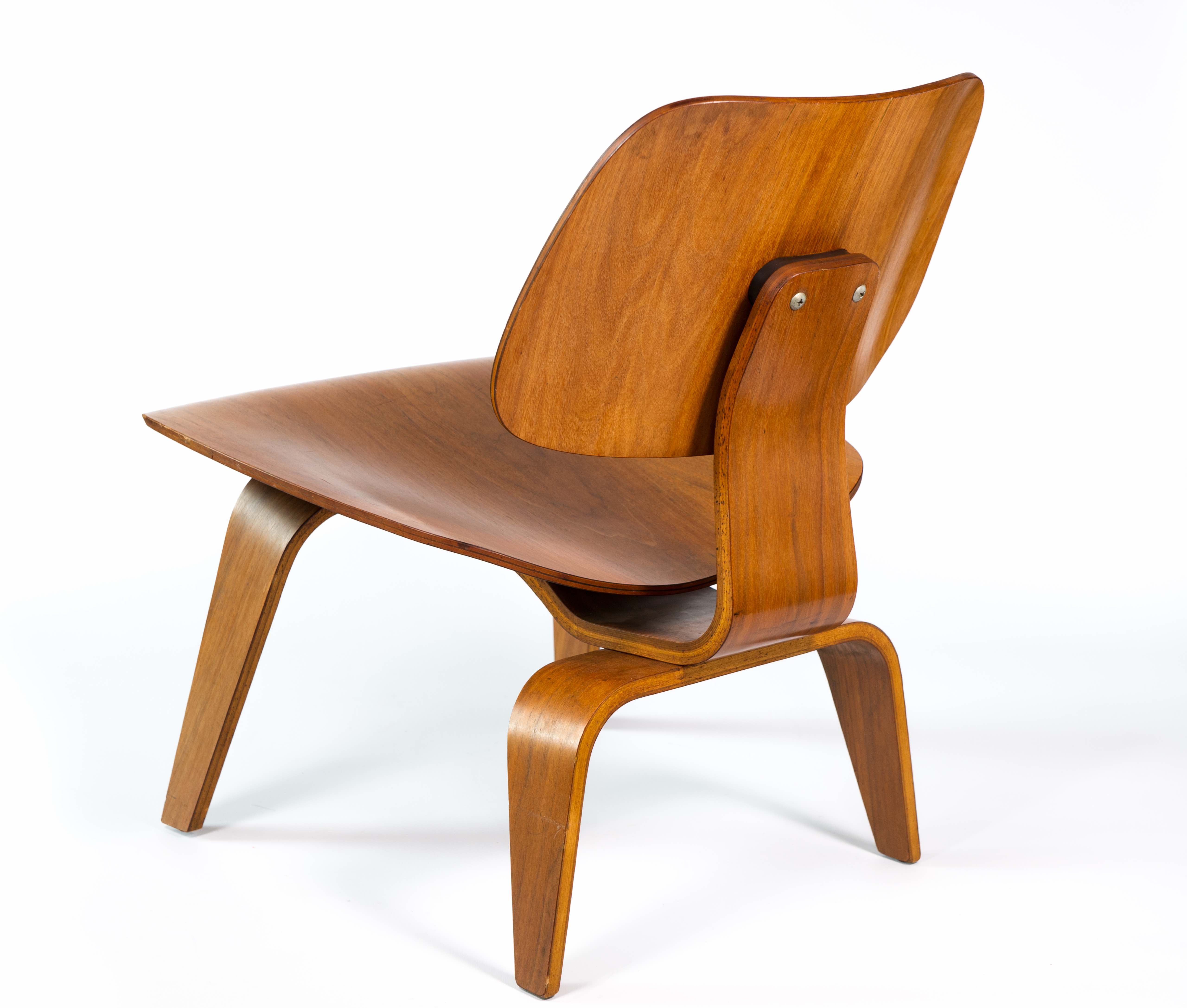Wooden 1952 Herman Miller Eames LCW - Ply Lounge Chair Wood