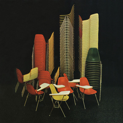 Original Herman Miller advert showing DSS chairs 'stacked' together